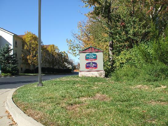 SpringHill Suites Cincinnati Northeast/Mason: Sign