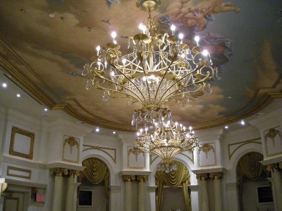 Paris Las Vegas Hotel Chapel