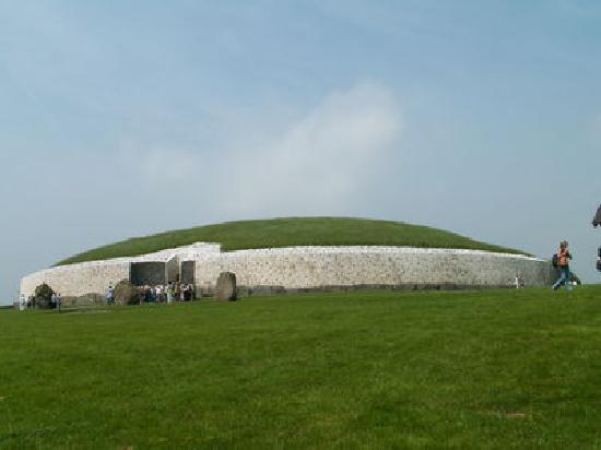 Donore, Irlanda: Newgrange passage tomb