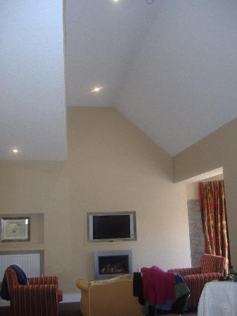 The Ross: High ceilings!