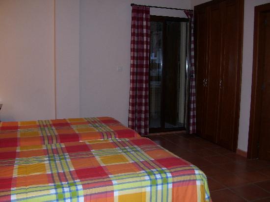 Hotel Rural Mirasierra: Twin room.