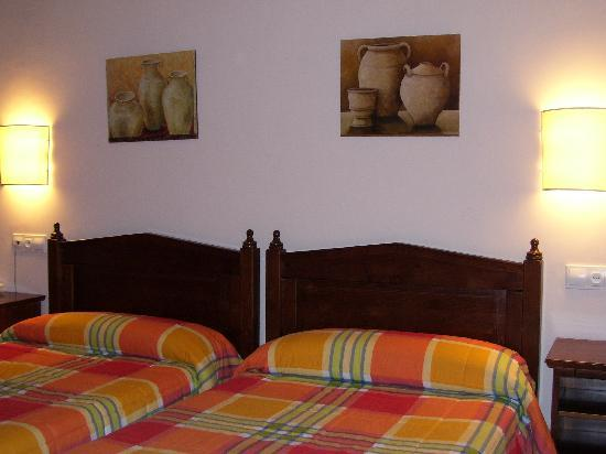 Hotel Rural Mirasierra: Twin room.
