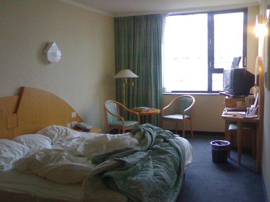 Lindner Hotel & City Lounge Antwerpen: Habitación doble