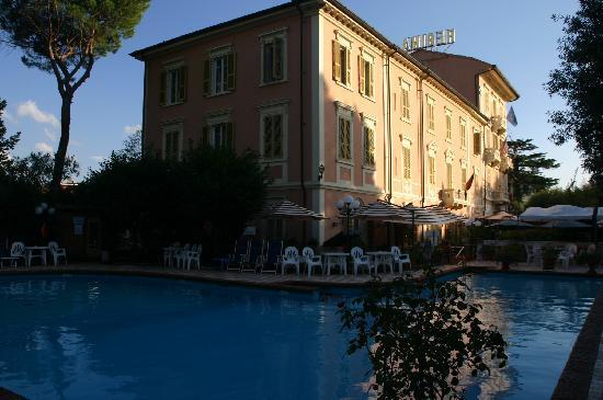 Piscine foto van grand hotel du park et regina - Piscine termali montecatini ...