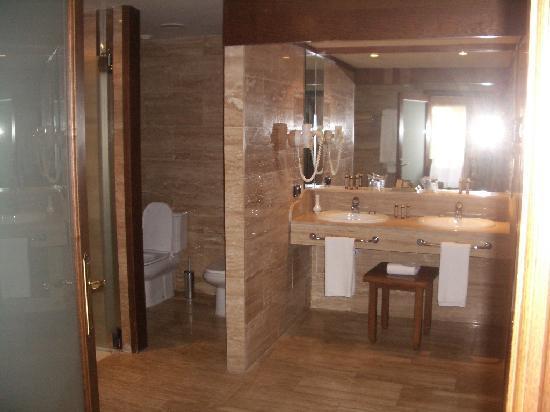 Gran Tacande Wellness & Relax Costa Adeje: baño