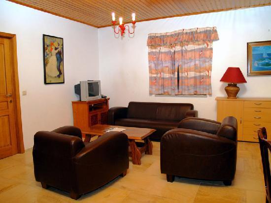 Bigsand Hotel: Bigsand living room