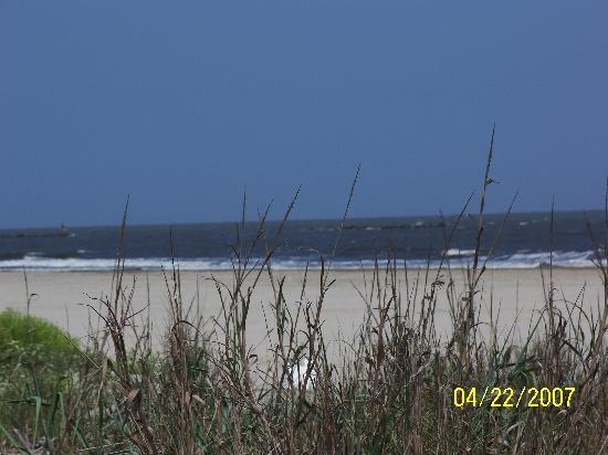 Sandpiper Shores Motel : Lovely beach