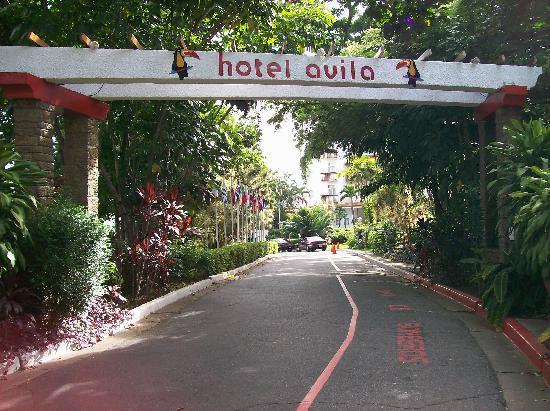 Hotel Avila: hotel property entrance