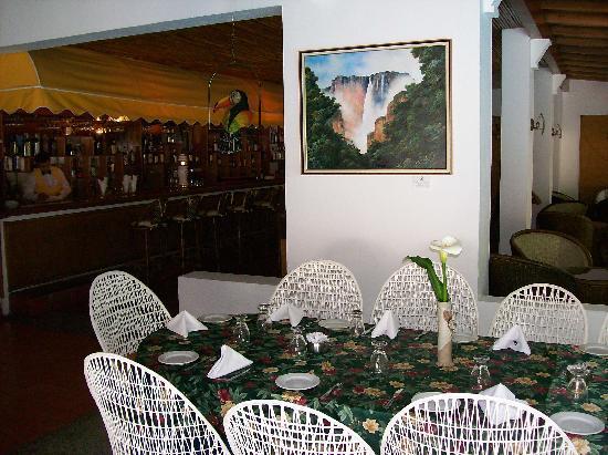 Hotel Avila : restaurant and bar