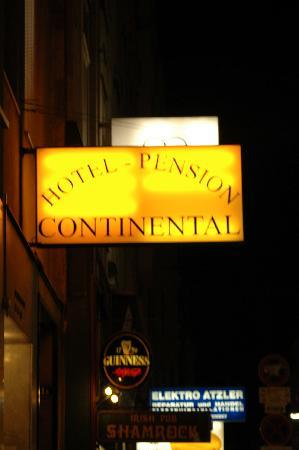 Hotel-Pension Continental: The entrance sign