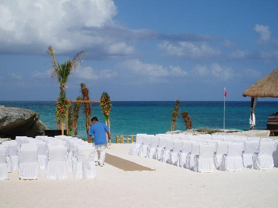 Kore Tulum Retreat and Spa Resort: The setting for the wedding