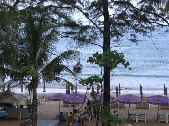 Patong Boutique Hotel: View from our room with long-tail boat waiting
