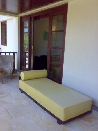 Novotel Bali Nusa Dua Hotel & Residences: Balcony Lounge