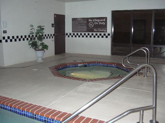 Hampton Inn Olive Branch: Good hot tub