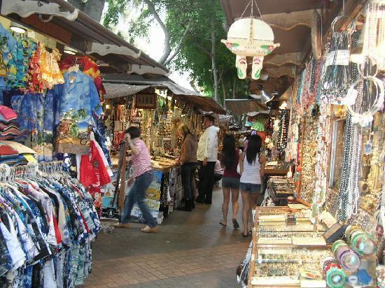 f0c5f49f494 international marketplace - Picture of Honolulu