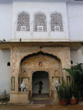 Saba Haveli: entrance gate