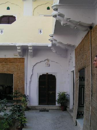 Saba Haveli: walkway