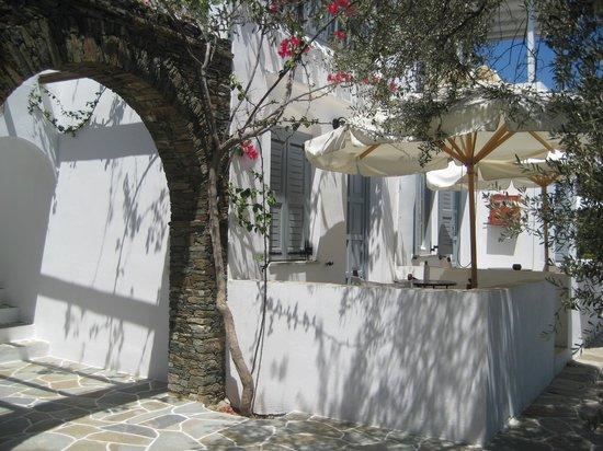 Villa Irini: Innenhof