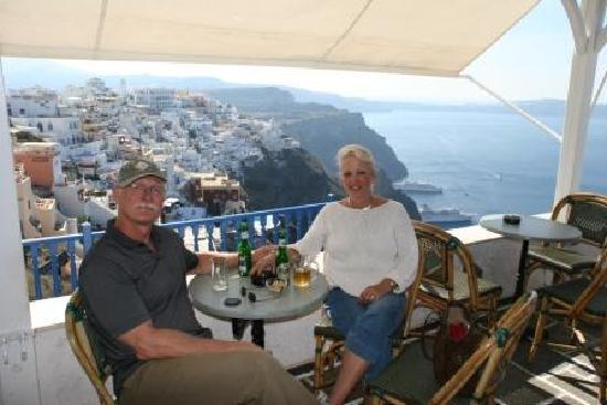 Ikies - Traditional Houses: Lunch in Fira