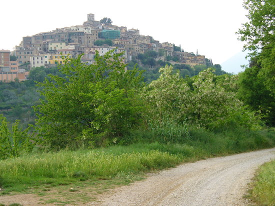 Rieti, Taliansko: On the hike between Roccantica and Casperia in the Sabine.