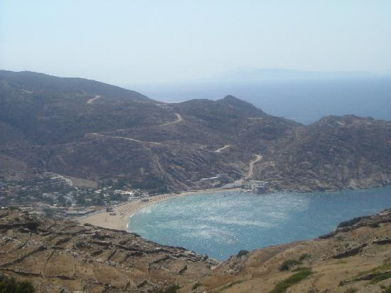 Mylopotas Beach: Mylopotas from Chora