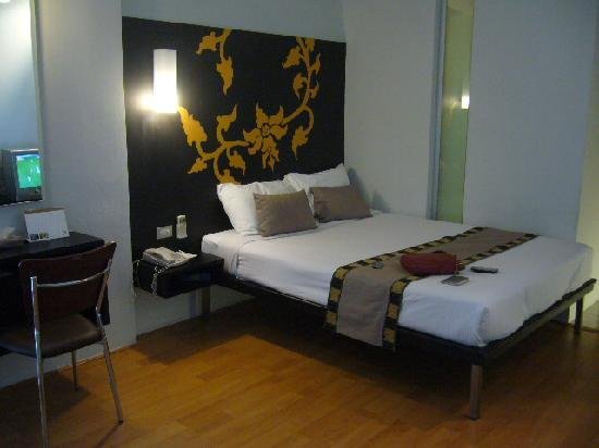 Swana Bangkok Hotel: simple & clean area
