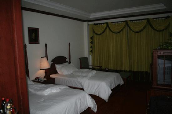 Borei Angkor Resort & Spa: The other view of the room at Borei Angkor