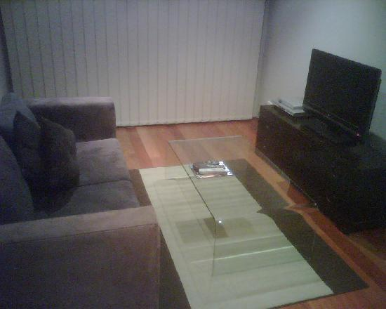 Annam Suites Cascata: living room