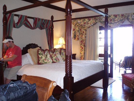 Sandals Royal Plantation : Governor's Suite Bedroom
