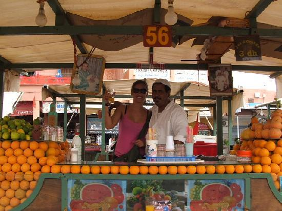 Jnan El Harti: fresh orange juice Jemaa el-Fna