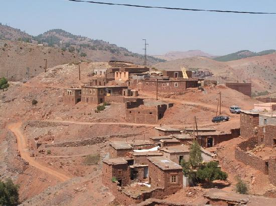 Jnan El Harti: Village in Atlas