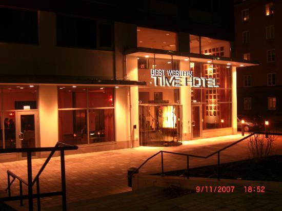 BEST WESTERN PLUS Time Hotel: The hotel front
