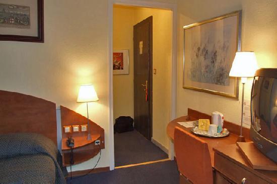 Hotel Admiral Geneva: My room
