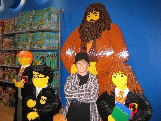 FAO Schwarz: FAO Lego Harry Potter Characters