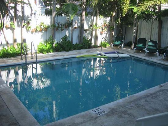 Coral Tree Inn: One of the pools