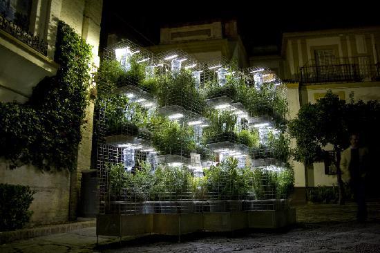 Barrio de Santa Cruz: por la noche es espectacular
