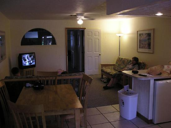 The Captain's Table Lodge: From the kitchen towards the living area. Through the door is two bedrooms and the bathroom