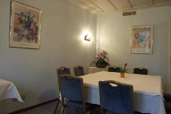 Hotel de la Rose : Breakfast room