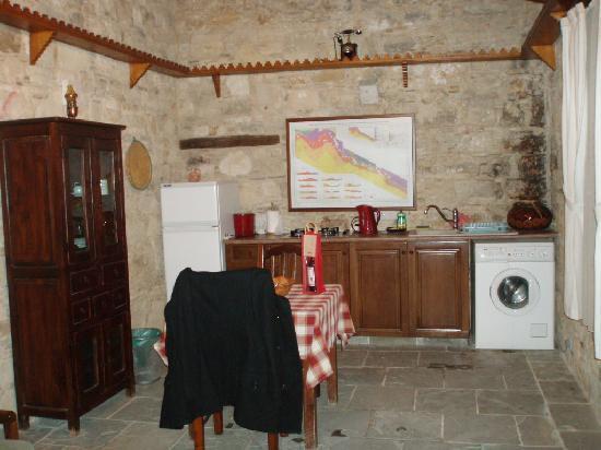 Lofou Agrovino: studio