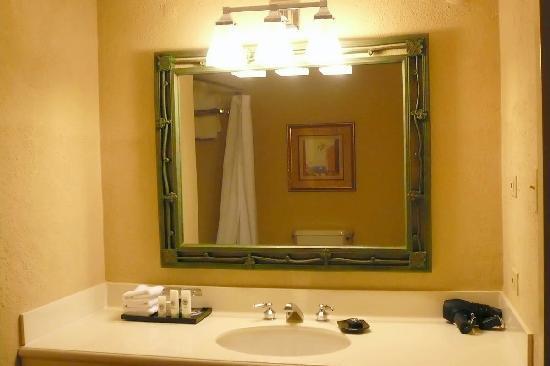 Sheraton Old San Juan Hotel: 604 suite bathroom