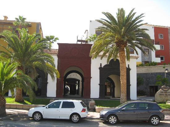 Gran Tacande Wellness & Relax Costa Adeje: Hotel Entrance