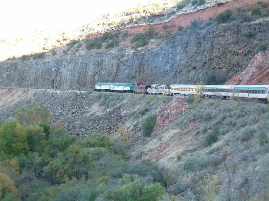 Sedona Pines Resort: ride the Verde Canyon railway