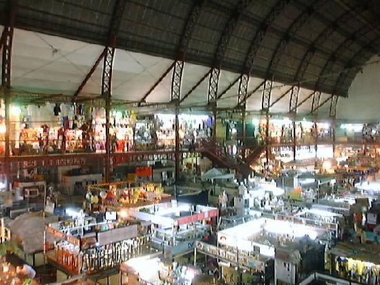Hidalgo Market (Mercado Hidalgo): View from the mezanine