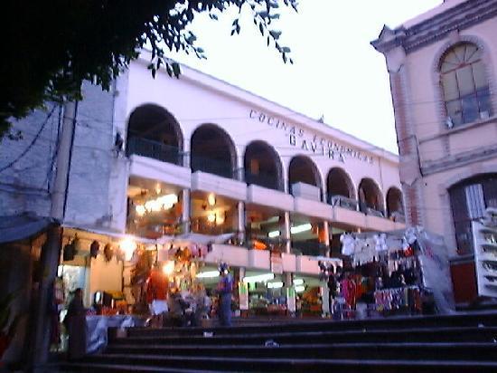 Hidalgo Market (Mercado Hidalgo): Fonda lunch stands