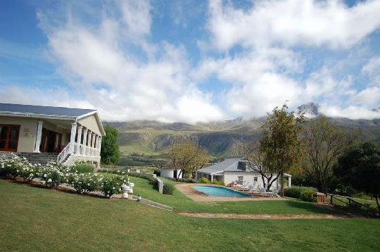 Swartberg country manor views