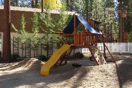 Timber Haven Lodge: Playground for Kids