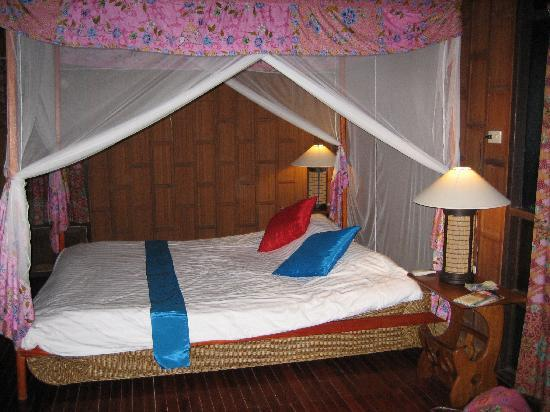 Charm Churee Villa: Bungalow