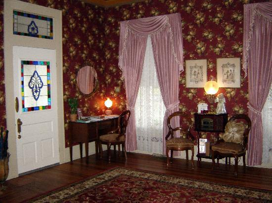 Benefield House Bed & Breakfast 사진