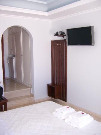Villa Renos: Tv flatscreen