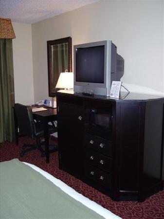 Holiday Inn Express Hotel & Suites Vandalia: TV - Work Station
